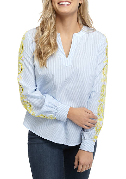 Crown & Ivy™ Womens Long Sleeve Embroidered Split