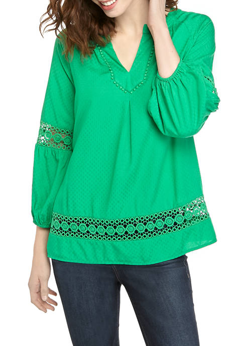 Crown & Ivy™ Womens 3/4 Sleeve Crochet Peasant