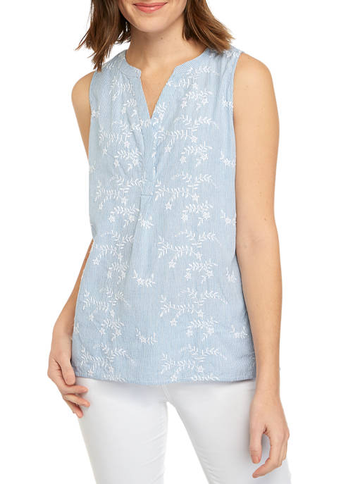 Crown & Ivy™ Womens Sleeveless Y Neck Yarn
