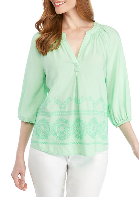 Crown & Ivy™ Petite 3/4 Sleeve Peasant Top