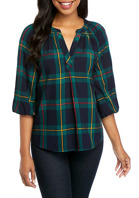 Crown & Ivy™ Petite 3/4 Sleeve Split Neck