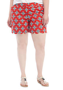 Plus Size Scallop Shorts