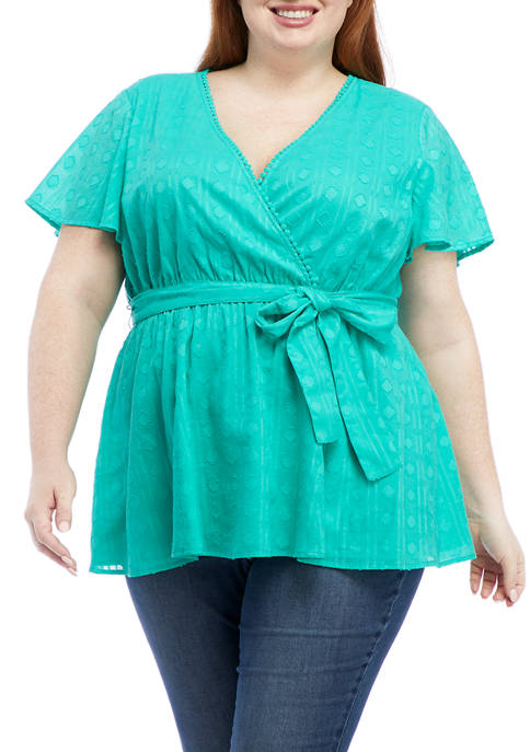 Crown & Ivy™ Plus Size Flutter Sleeve Wrap