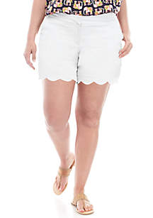 Plus Size Scallop Hem Shorts