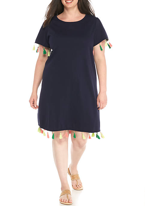 Crown & Ivy™ Plus Size Flare Sleeve Pom