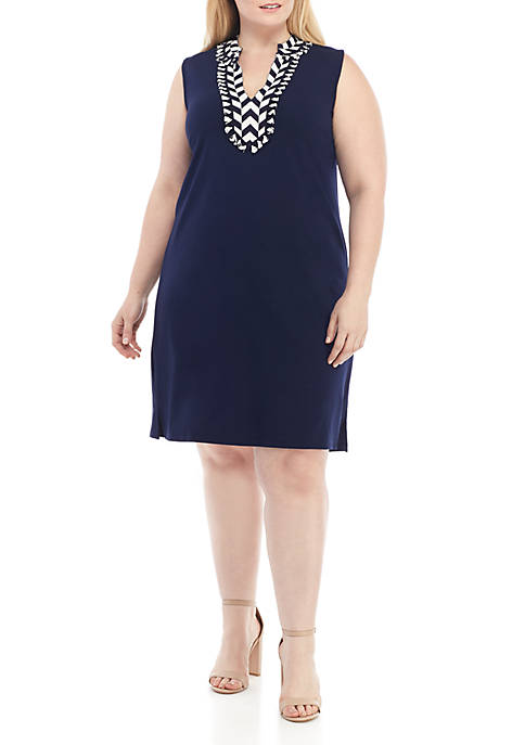 Crown & Ivy™ Plus Size Sleeveless Embroidered Neck