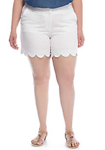 Plus Size Solid Jacquard Scallop Shorts