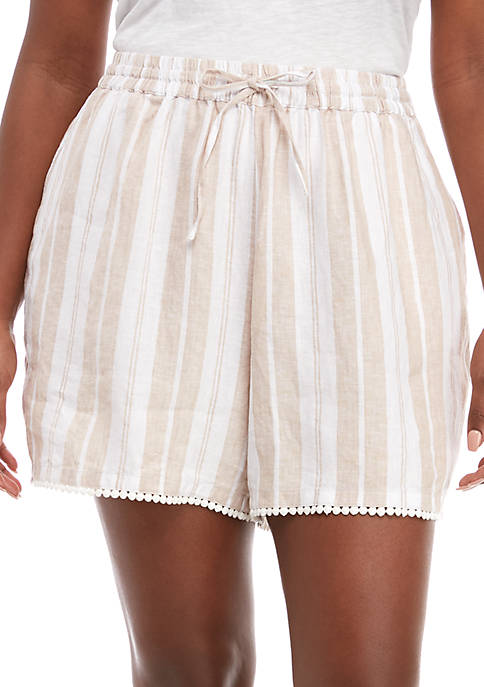 Crown & Ivy™ Plus Size Tassel Tier Shorts