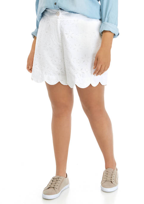 Crown & Ivy™ Plus Size Scalloped Shorts
