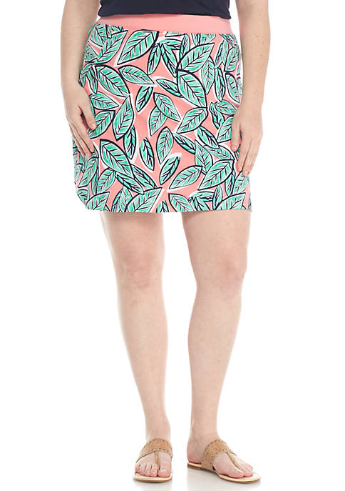 Crown & Ivy™ Plus Leaf Print Curve Hem