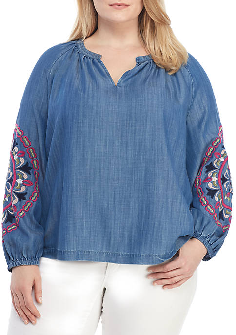 Crown & Ivy™ Plus Size Long Sleeve Embroidered