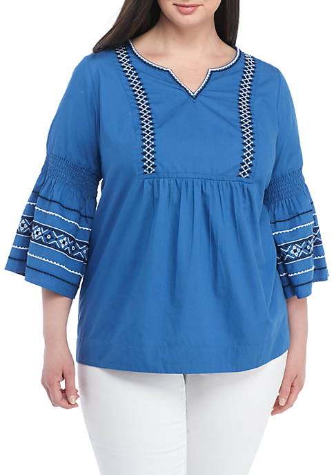 Crown & Ivy™ Plus Size Embroidered Flare Sleeve