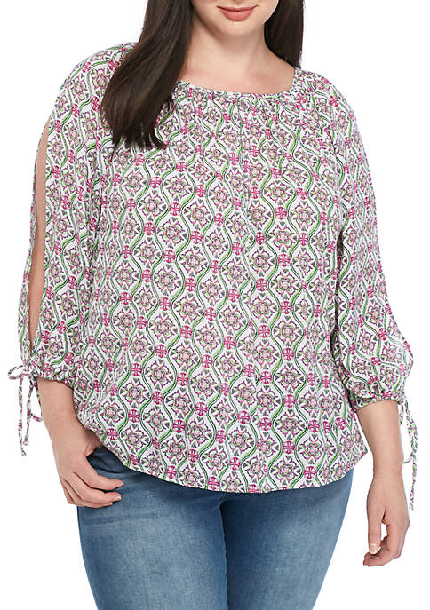 Crown & Ivy™ Plus Size Cold-Shoulder Top