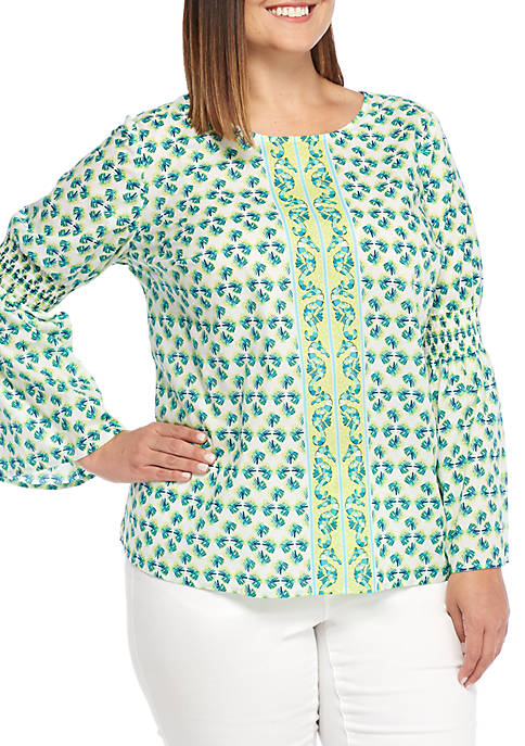 Crown & Ivy™ Long Sleeve Smocked V-Neck Top