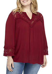 Plus Size 3/4 Sleeve Lace Top