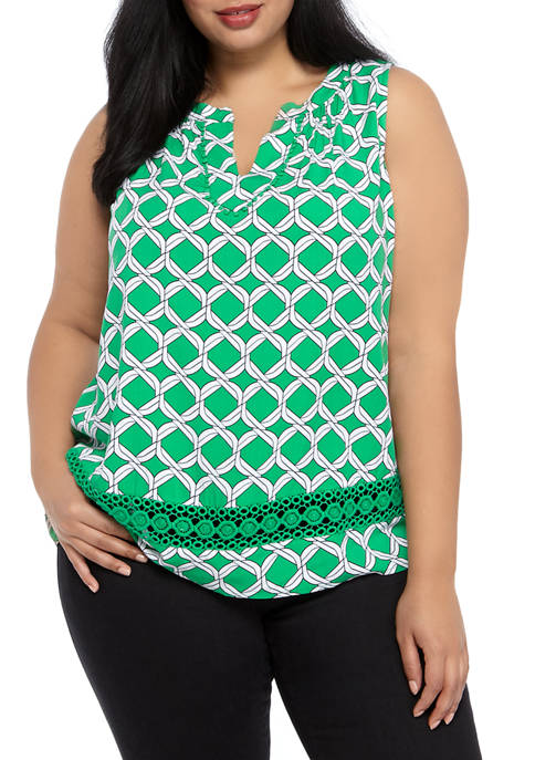 Crown & Ivy™ Plus Size Crochet Printed Top