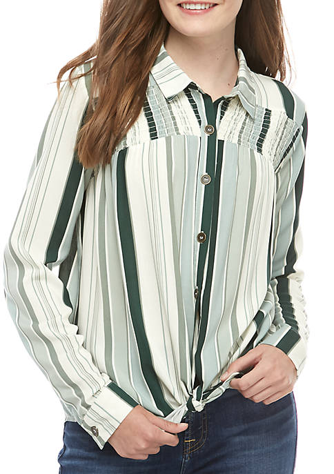 Taylor & Sage Long Sleeve Button Front Smocked