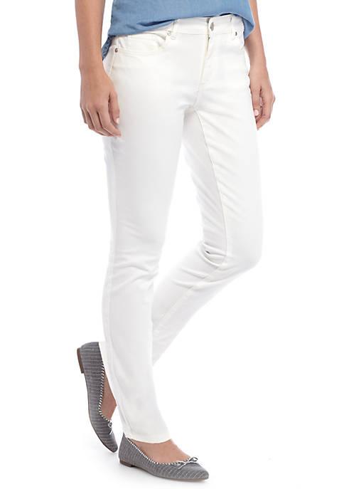 Crown & Ivy™ 5 Pocket Denim Pant- Short