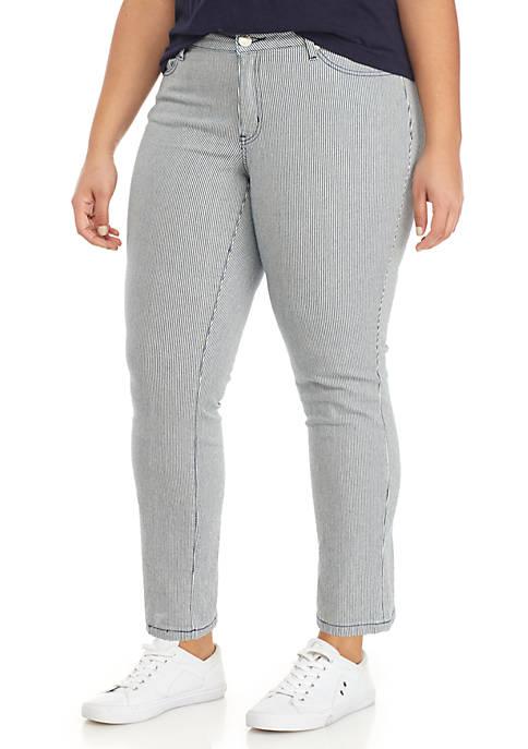 Crown & Ivy™ Plus Size Rolled Cuff Crop
