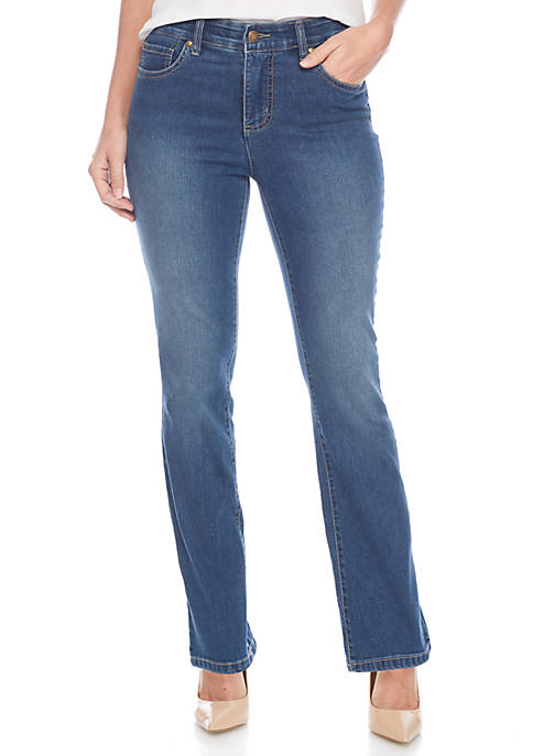 Petite Jones Straight Jean