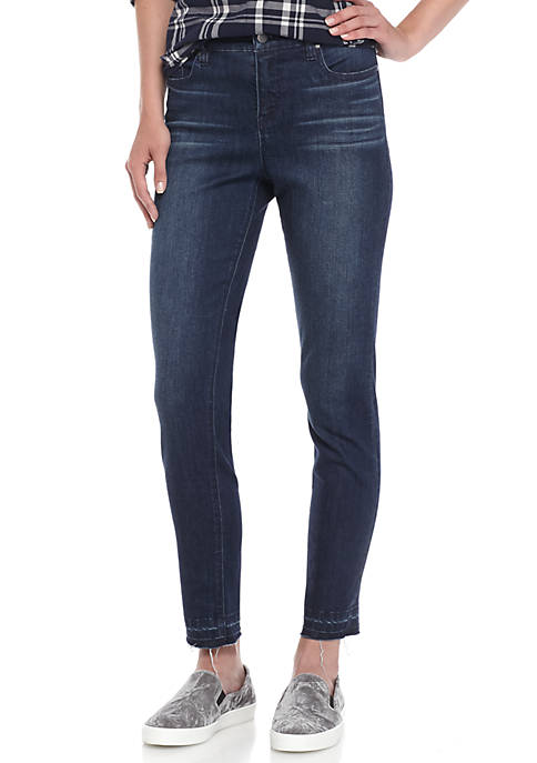Crown & Ivy™ Frayed Skinny Jeans