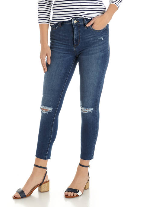 Crown & Ivy™ Womens Slightly Destructed Skinny Jeans