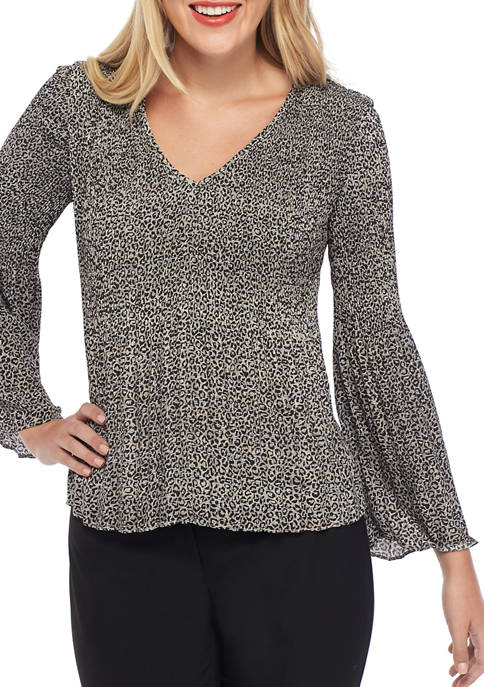 THE LIMITED Womens Fluid Crepe V Neck Allover
