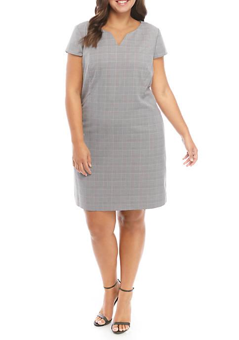 Plus Size Classic Sheath Dress in Modern Stretch