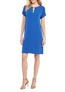 Short Sleeve Circle Hardware Dress
