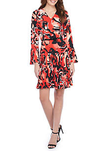 Petite Printed Bell Sleeve Pleated Dress