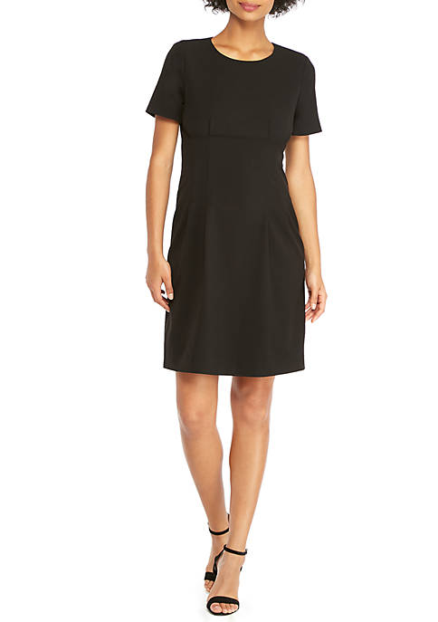 Short Sleeve Dress in Modern Stretch