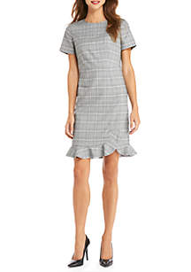 Petite Short Sleeve Plaid Ruffle Hem Dress