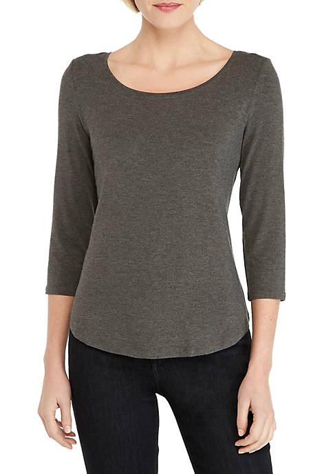 Three-Quarter Sleeve Fashion Tee
