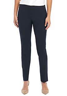 Petite Signature Skinny Pant with Zip Pockets in Modern Stretch