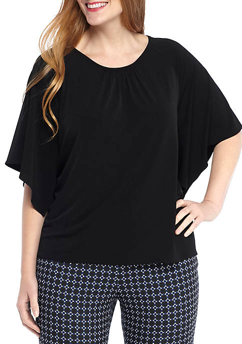 Plus Size Solid Circle Top