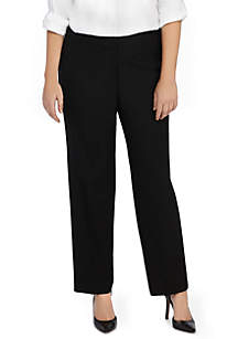 Plus Size Signature Straight Pant in Modern Stretch - Short