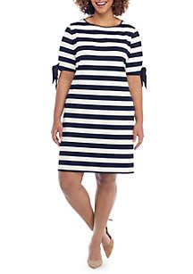 Plus Size Honeycomb Jacquard Dress