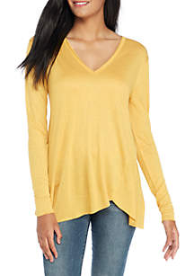 Long Sleeve Split Hem V-Neck Tee