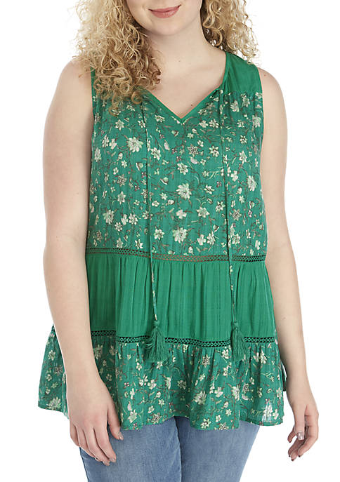 Plus Size Sleeveless Tiered Top