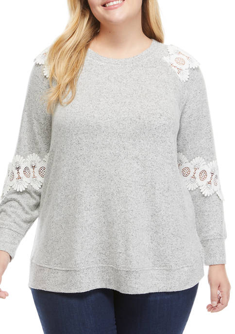 Cupio Plus Size Pullover with Lace Trim