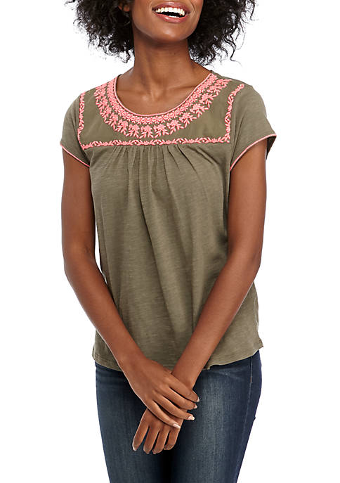 Cupio Cap Sleeve Embroidered Knit Top