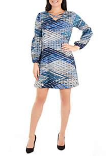 9bbe43edf91 THE LIMITED Petite Lace Trim Shift Dress · NY Collections Petite Long  Sleeve V Neck Lattice Dress