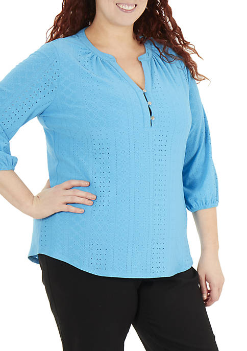 Plus Size 3/4 Sleeve Y Neck Mandain Collar Top