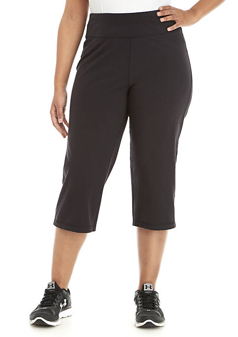 Plus Size Solid Cotton Capri Pants