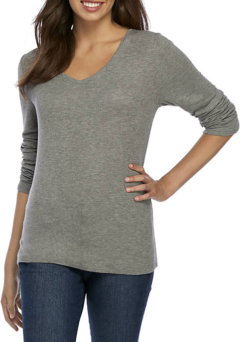 Three-Quarter Sleeve V-Neck Rib Top
