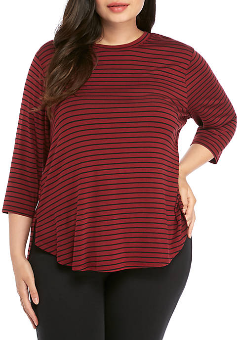 Plus Size 3/4 Sleeve Side Slit Top