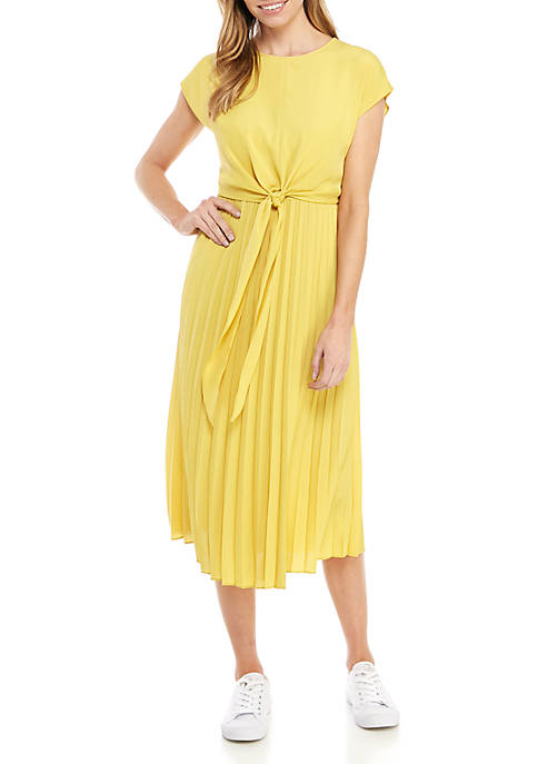Short Sleeve Crystal Pleat Dress