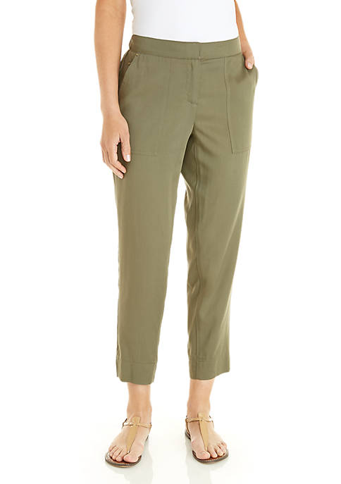Patch Pocket Pants with Outseam Hem Details