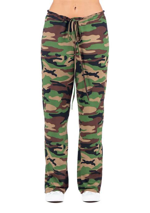 24seven Comfort Apparel Womens Camouflage Print Drawstring Lounge
