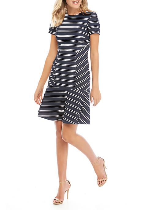 Short Sleeve Scuba Crepe Pieced Dress